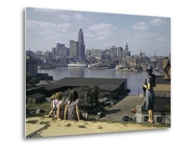 Women Look at Baltimore's Downtown from across the Patapsco River-W^ Robert Moore-Metal Print
