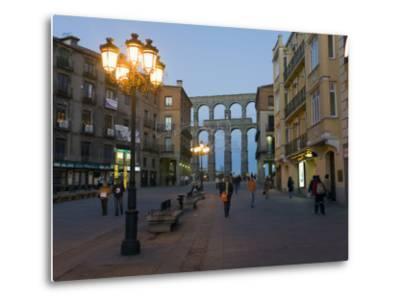 1st Century A.D. Roman Aqueduct in Segovia-Scott Warren-Metal Print