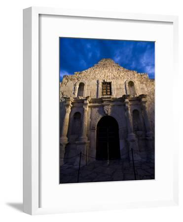 Front Facade of the Alamo-Richard Nowitz-Framed Photographic Print