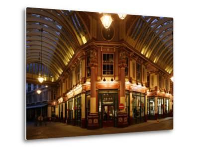 England, London, the Leadenhall Market in the City of London, UK-David Bank-Metal Print