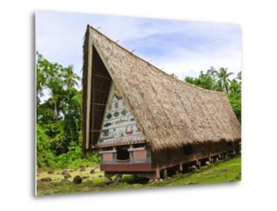 Men's Meeting House at Belau National Museum Koror, Republic of Palau, Pacific-Nico Tondini-Metal Print