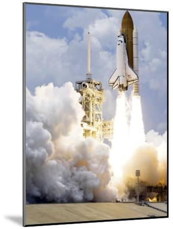 Space Shuttle Atlantis Lifts Off from its Launch Pad--Mounted Photographic Print