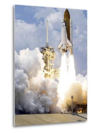 Space Shuttle Atlantis Lifts Off from its Launch Pad--Metal Print