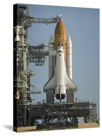 Space Shuttle Discovery Sits Ready on the Launch Pad at Kennedy Space Center--Stretched Canvas Print