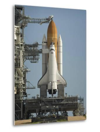 Space Shuttle Discovery Sits Ready on the Launch Pad at Kennedy Space Center--Metal Print
