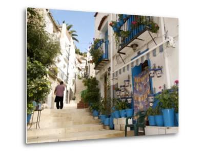Casco Antiguo, Santa Cruz Quarter, Alicante, Valencia Province, Spain, Europe-Guy Thouvenin-Metal Print