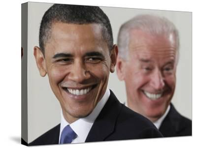 President Barack Obama and Vice President Joe Biden in the East Room of the White House--Stretched Canvas Print