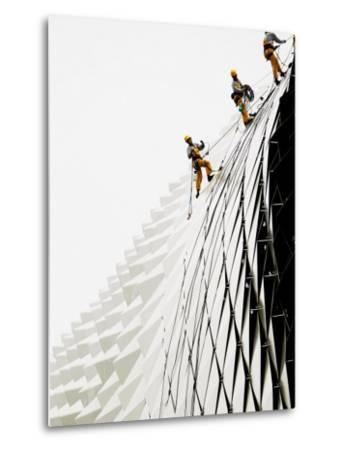 Workers Climb Down the Roof of Singapore's Spikey Fruit Shaped Esplanade Arts Center--Metal Print