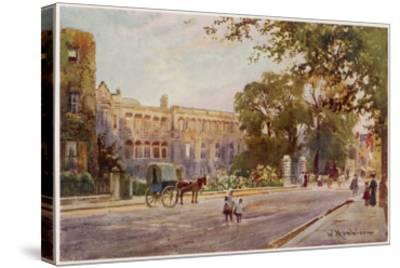 Cambridge: Addenbrooke's Hospital in Trumpington Street--Stretched Canvas Print