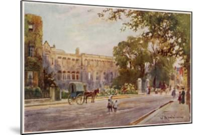 Cambridge: Addenbrooke's Hospital in Trumpington Street--Mounted Giclee Print