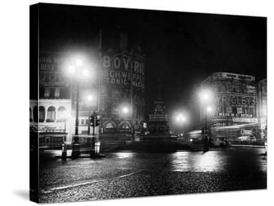 Lights Out in Piccadilly Circus, London, 1951--Stretched Canvas Print