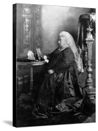 Queen Victoria, Windsor, May 1897--Stretched Canvas Print