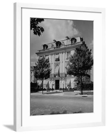 A View Showing the Exterior of the Duke and Duchess of Windsor's New Home-William Vandivert-Framed Premium Photographic Print