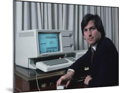 Apple Computer Chrmn. Steve Jobs with New Lisa Computer During Press Preview-Ted Thai-Mounted Premium Photographic Print