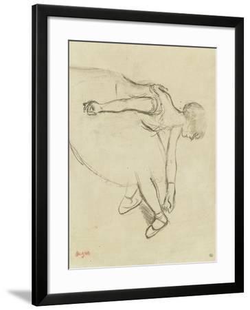 Danseuse en quatrième position-Edgar Degas-Framed Giclee Print