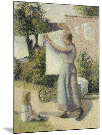 Femme étendant du linge-Camille Pissarro-Mounted Giclee Print