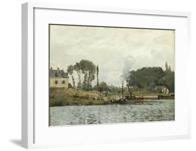 Bateaux à l'écluse de Bougival (Yvelines)-Alfred Sisley-Framed Giclee Print