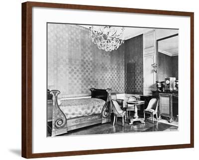 Vue intérieure du Grand Trianon : Chambre de l'Empereur--Framed Giclee Print