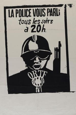 La police vous parle, tous les soirs à 20 heures--Stretched Canvas Print