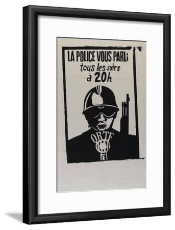 La police vous parle, tous les soirs à 20 heures--Framed Giclee Print