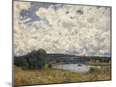 la Seine à Suresnes (Hauts de Seine)-Alfred Sisley-Mounted Giclee Print