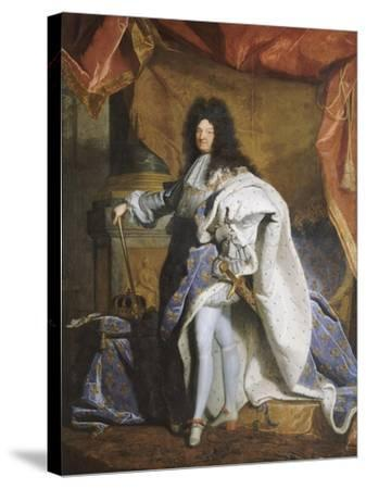 Portrait en pied de Louis XIV âgé de 63 ans en grand costume royal (1638-1715)-Hyacinthe Rigaud-Stretched Canvas Print
