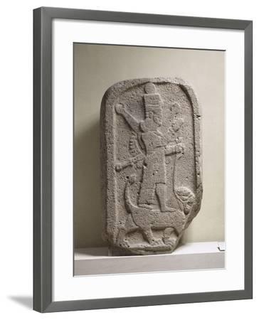 Stèle représentant la déesse Ishtar d'Arbèles--Framed Giclee Print