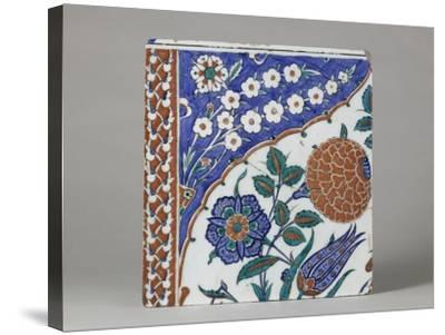 Carreau à décor floral polychrome--Stretched Canvas Print