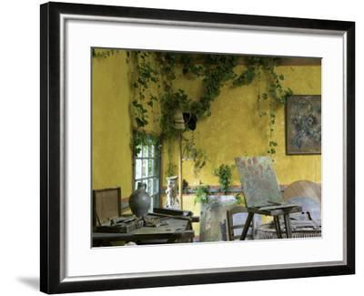 Artists' Atelier in the Gardens of the Ancien Hotel Baudy-Barbara Van Zanten-Framed Photographic Print