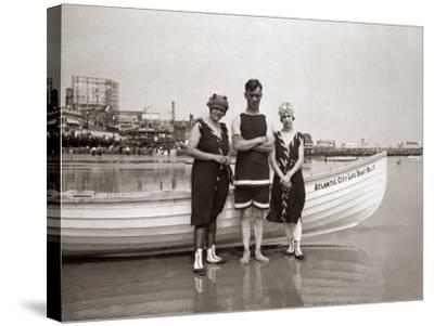Posing in Bathing Suits-H^ Armstrong Roberts-Stretched Canvas Print
