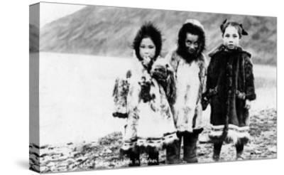 Alaska - Native Children in Parkas-Lantern Press-Stretched Canvas Print