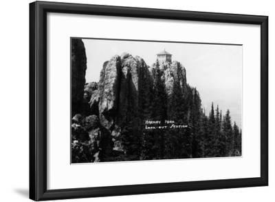 Black Hills Nat'l Forest, South Dakota - Harney Peak Look-out Station-Lantern Press-Framed Art Print