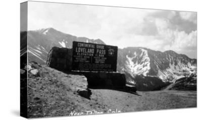 Colorado - Continental Divide at Loveland Pass near Dillon-Lantern Press-Stretched Canvas Print
