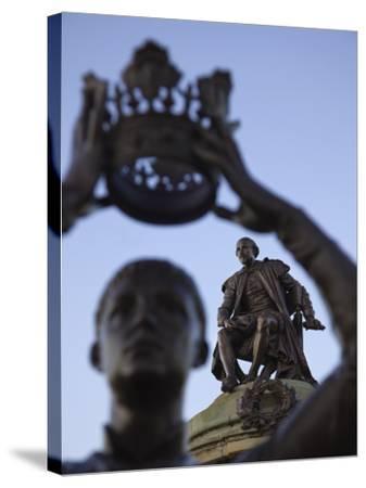 England, Warwickshire, Stratford Upon Avon, Shakespeare Statue-Steve Vidler-Stretched Canvas Print