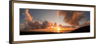 Sunset Over the Sea, Kona Coast, Kealakekua Bay, Hawaii, USA--Framed Photographic Print