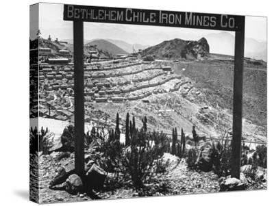 Bethlehem Chile Iron Mines Co. and Operations There, Workers' Homes, Etc--Stretched Canvas Print