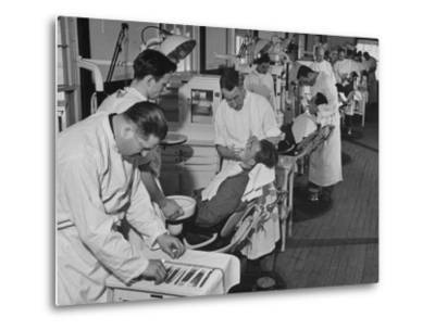 Dentists Working on Soldiers at the Ft. Meade and Walter Reed Dental Hospital--Metal Print