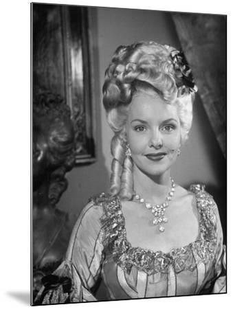 Actress, Elizabeth Fraser--Mounted Photographic Print