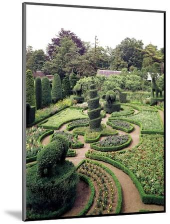 House & Garden - October 1961-Tom Leonard-Mounted Premium Photographic Print
