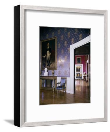 House & Garden - July 1962-Tom Leonard-Framed Premium Photographic Print