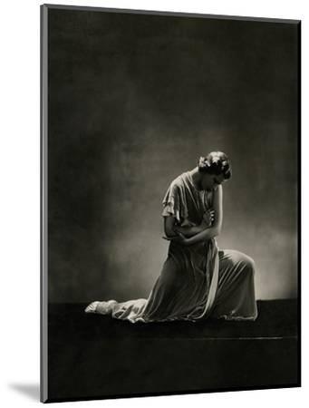 Vanity Fair - November 1931-George Hoyningen-Huen?-Mounted Premium Photographic Print