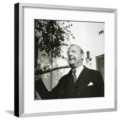 Vanity Fair - October 1934-George Hoyningen-Huen?-Framed Premium Photographic Print