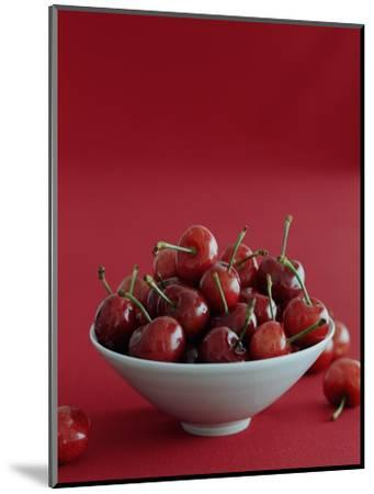 Gourmet - July 2005-Romulo Yanes-Mounted Premium Photographic Print