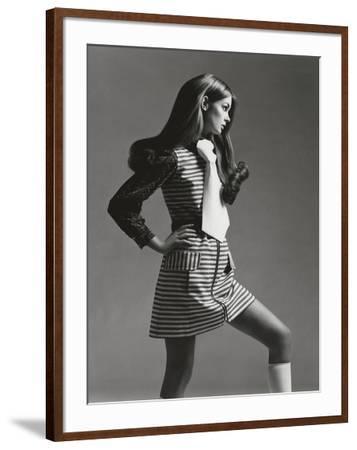 Vogue - March 1969 - Jean Shrimpton in Mini-Gianni Penati-Framed Premium Photographic Print