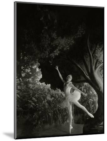 Vanity Fair - December 1935-Cecil Beaton-Mounted Premium Photographic Print