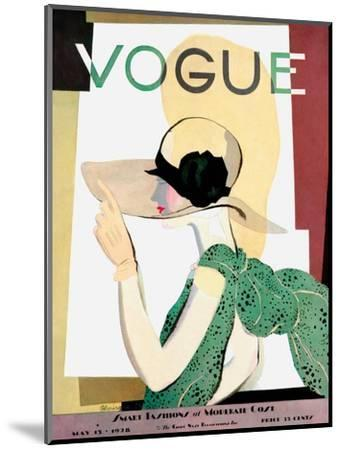 Vogue Cover - May 1928 - Smart Fashion-Pierre Mourgue-Mounted Premium Giclee Print
