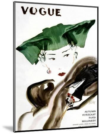 Vogue Cover - August 1935-Ren? Bou?t-Willaumez-Mounted Premium Giclee Print