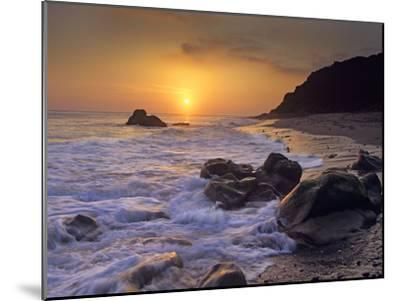 Sunset over Leo Carillo State Beach, Malibu, California-Tim Fitzharris/Minden Pictures-Mounted Photographic Print