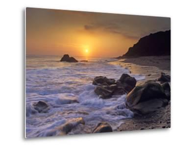 Sunset over Leo Carillo State Beach, Malibu, California-Tim Fitzharris/Minden Pictures-Metal Print