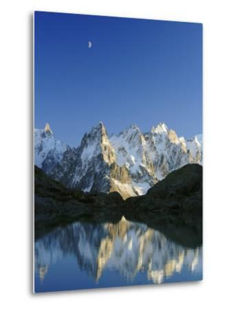 Aiguilles de Chamonix and and Mont Blanc reflected in Lac Blanc at sunset-Frank Lukasseck-Metal Print